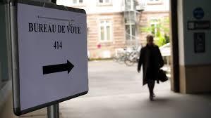 image bureau de vote bureau de vote sign in city to pooling place during the