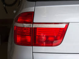 bmw x5 tail light removal how to replace bmw x 5 2007 tail gate tail light e 70 youtube