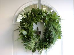 fresh wreaths how to make a fresh christmas wreath jeff s diy projects