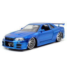 nissan skyline fast and furious interior amazon com jada toys fast u0026 furious 1 24 diecast nissan gt r r34