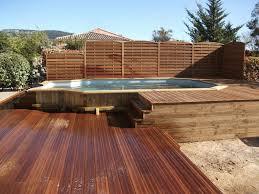 amenagement autour piscine hors sol le piscine hors sol en bois 50 modèles archzine fr swimming