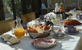 chambre et petit dejeuner de la perronnière bollène la chambre d hôtes thym