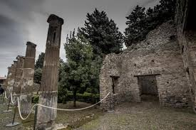 ladario anni 60 em clima natalino pompeia inaugurar磧 4 domus em dezembro