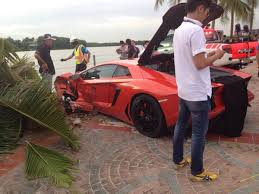crashed red lamborghini 30 of the worst supercar crashes ever blazepress