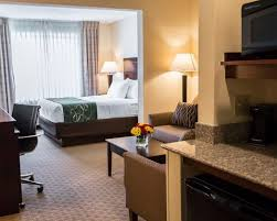Comfort Suites Indianapolis South Comfort Suites University Area Hotel In South Bend In