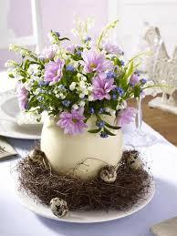 easter flower arrangements recycling egg shells for miniature vases green easter decorating