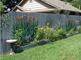 What Is A Backyard Garden Best 25 Garden Fence Paint Ideas On Pinterest Fence Decorations