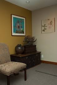 millington gold benjamin moore for the living room and foyer
