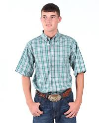 Rugged Wear Clothing Wrangler Men U0027s Rugged Wear Wrinkle Resist Short Sleeve Shirt