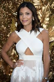 bethenny frankel at b floral u0027s golden cocktail party at
