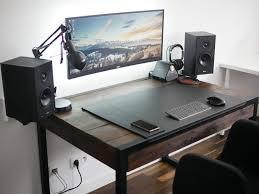 Desktop Computer Desk Best 25 Computer Built Into Desk Ideas On Pinterest New Desktop
