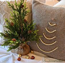 beachwood place pearl christmas tree pillow