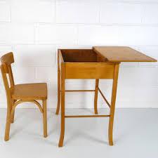 bureau enfnat baumann grand bureau enfant la marelle mobilier vintage pour
