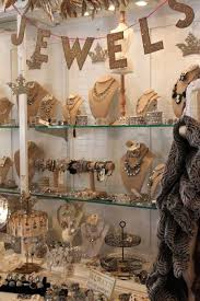 Shabby Chic Jewelry Display by Best 25 Vintage Jewelry Displays Ideas That You Will Like On