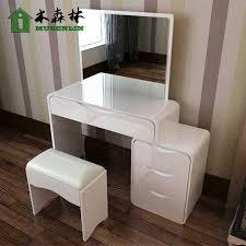 coiffeuse de chambre pour femme commode design chambre commode design blanche 2 portes5 tiroirs