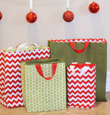 fabric gift bags tutorial fabric gift bags fabric gifts and