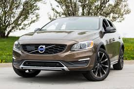 volvo pictures 2017 volvo v60 cross country our review cars com