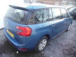 citroen c4 picasso trunk citroen c4 picasso 1 6 grand bluehdi exclusive plus 5dr automatic