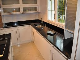 cuisine avec plaque de cuisson en angle cuisine avec plaque de cuisson en angle 10 noir 2 jpg