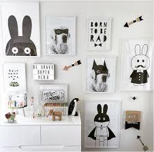 chambre fille noir et blanc tableau noir et blanc chambre modest sécurité à la maison modèle
