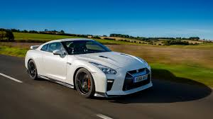 nissan gtr used uk 2017 nissan gt r prestige first drive review auto trader uk
