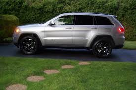 black jeep grand with black rims 2014 billet silver laredo with black chrome wheels jeep garage