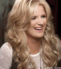 trisha yearwood makes stunt turkey for garth