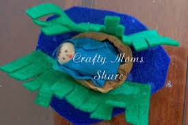 crafty moms share baby moses books and craft