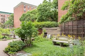 elizabeth street garden new york cool