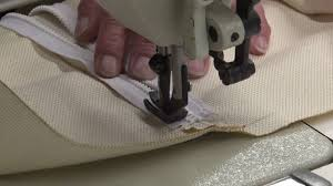 zipper closure on throw pillows how to make throw pillows youtube