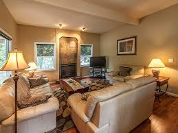 Living Rooms For Entertaining by Perfect For Entertaining Walk To Town Vrbo