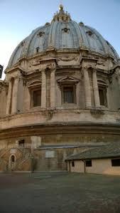 alla cupola di san pietro scala a chiocciola negli ultimi tratti della salita alla cupola