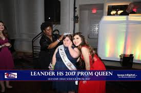 prom queen gives her crown away to friend with down syndrome