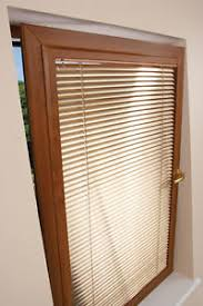 Venetian Blinds Wood Effect Perfect Fit Blinds Wood Effect Venetian Slats With A Golden Oak