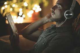 8 sources for free christmas music downloads