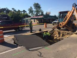 New York Sinkhole Map by Main St Closed In Royal Oak Due To Massive Sinkhole Photos