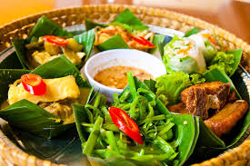 cuisine khmer what to eat in cambodia local cambodian dishes