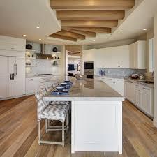 cuisine au milieu de la changer couleur cuisine simple changer les facades d une cuisine