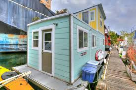 ballard seattle curbed seattle cheer up in a 355k pastel houseboat