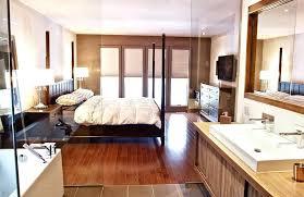 chambre a louer flic en flac dressing moderne chambre des parent une cloison de verre pour