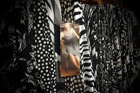 Upholstery Fabric Stores Los Angeles Best Fabric Stores In Nyc For Garments And Sewing Supplies