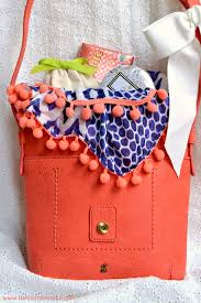 How To Make A Gift Basket Easy And Luxurious Purse Gift Basket Hello Little Home