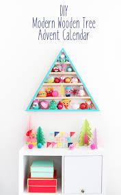 a kailo chic diy it an modern wooden tree advent calendar