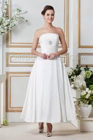 robe de mari e simple pas cher princesse robe de mariée pas cher simple bustier taffetas