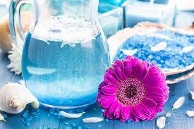imagenes flores relajantes la sal aromática del baño relajante del balneario descasca las