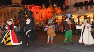 villains finale of boo to you parade at mickey u0027s not so scary