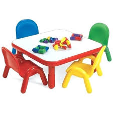 little girls table and chair set little table and chairs table and chair set little