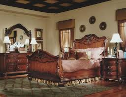 classic and traditional bedroom furniture set cream stained wall