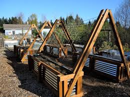 Trellis Vegetable Garden by Detailed Instructions For How To Make Galvanized Steel Raised Beds