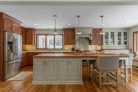 white kitchen cabinets with window trim window trim and white kitchen dilemma